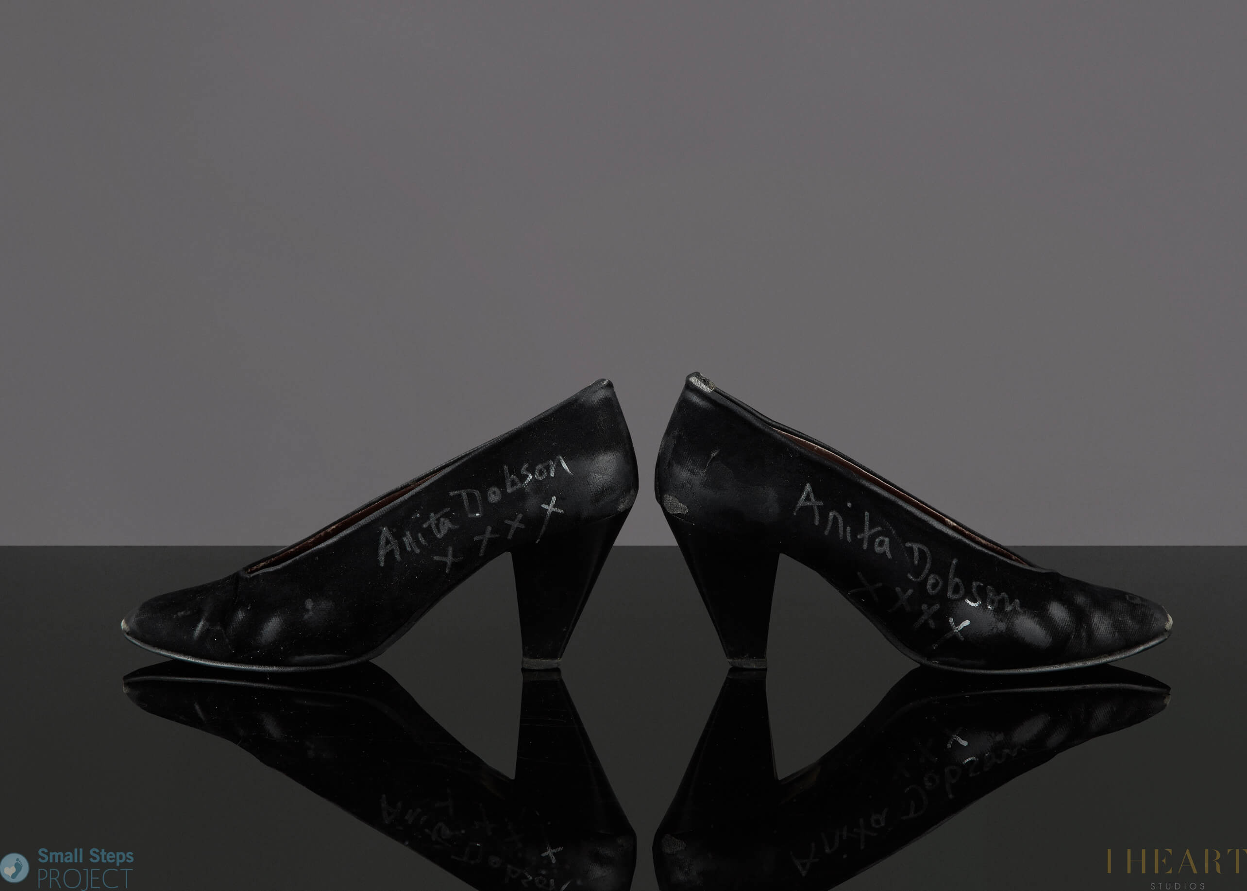 Anita Dobson's 2014 shoe donation.
