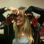 SiennaMillerSmallStepsWithShoes1