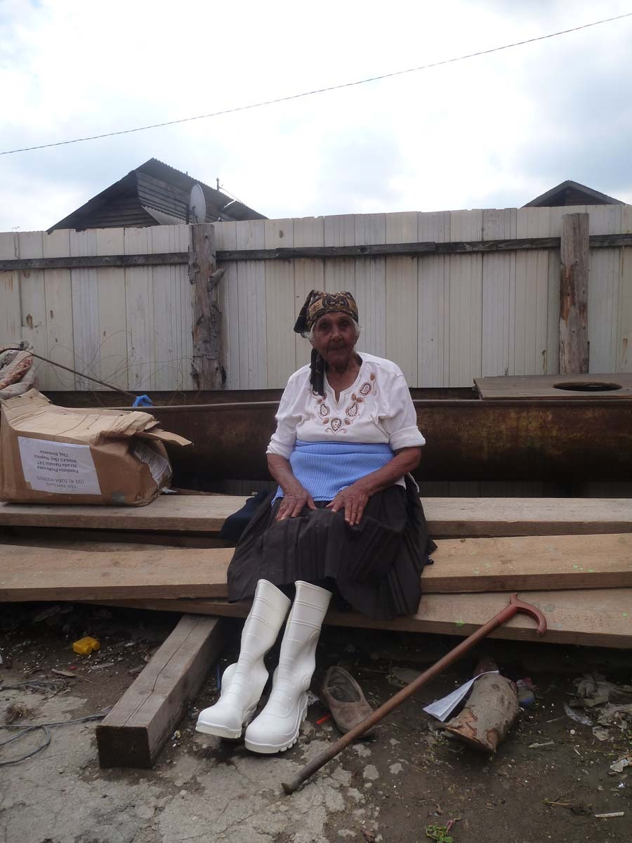 Anna is 89 years old and has been living in the Dallas camp for over 20 years. She still works on Pata Rat dump.