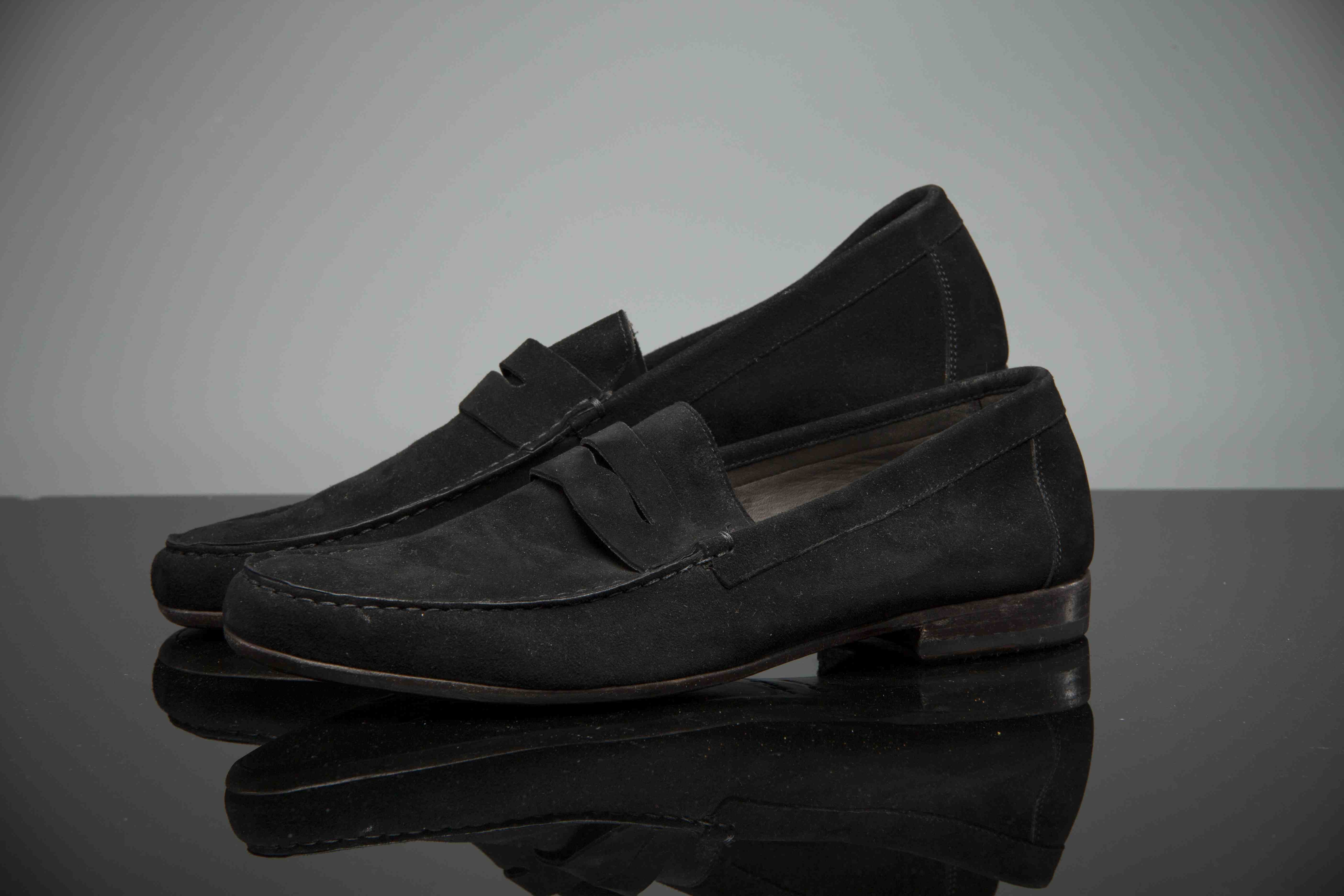 In 2014: donated his size 9 in black suede and have been worn by the man himself.