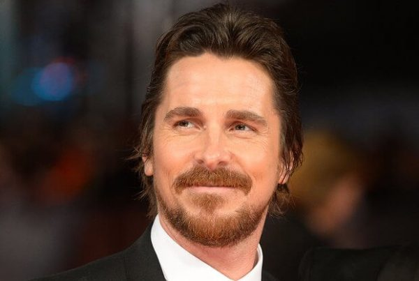 christian-bale-on-the-baftas-red-carpet-2014-1392579134-view-1