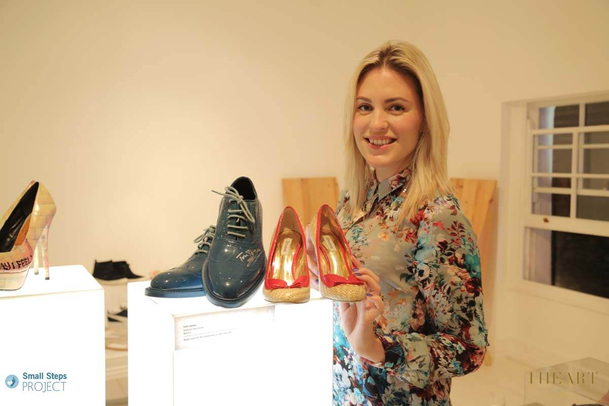 Tom Jones' backing singer Elsie with Tom and her donated shoes.