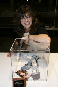 Small Steps Celebrity Shoe Auction_0091